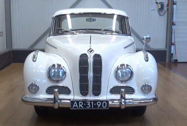 BMW 502 v 8